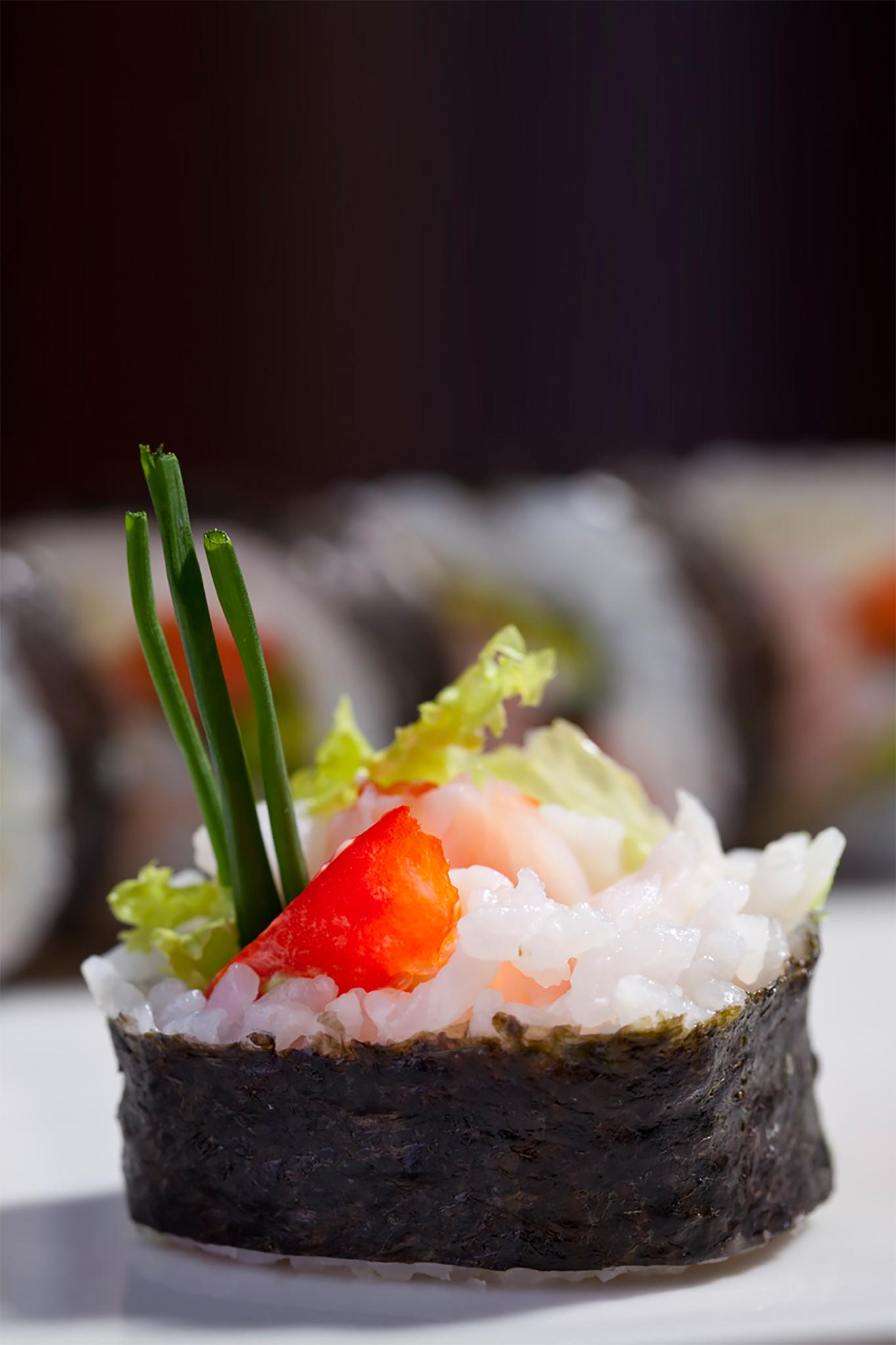sushi-roll copy